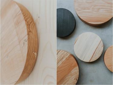 De houten urnen van Nauwau zijn allemaal uniek en vervaardigd uit gekapte bomen met een eigen levensverhaal