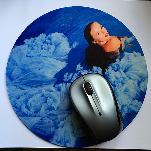 "Round Mouse Pad 7'8"" with Sign"