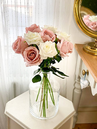 Pink & White rose bouquet