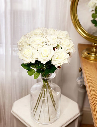 Love is pure bouquet