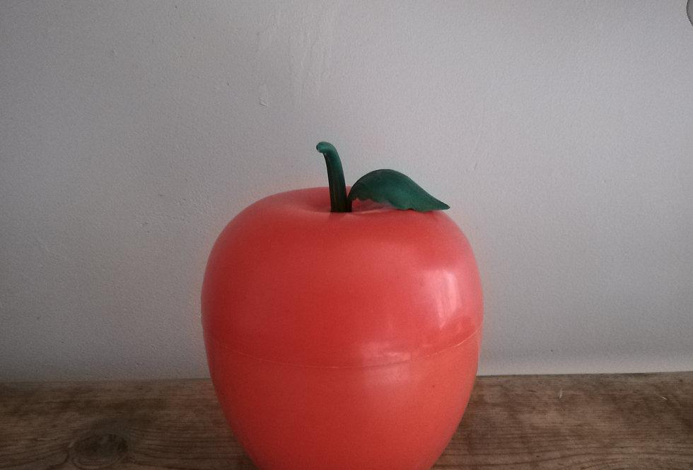 La pomme seau à glace