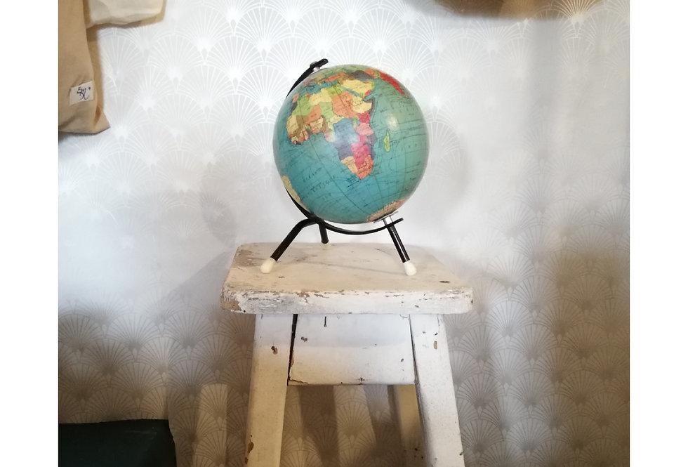 Globe terrestre mappemonde tripode
