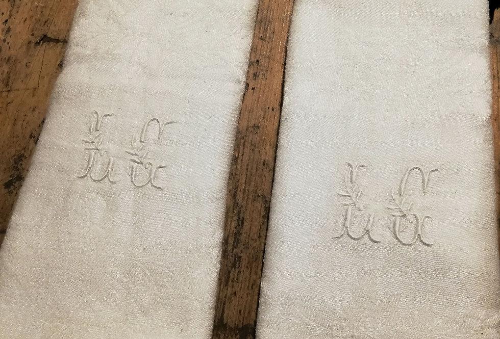 6 serviettes monogrammees