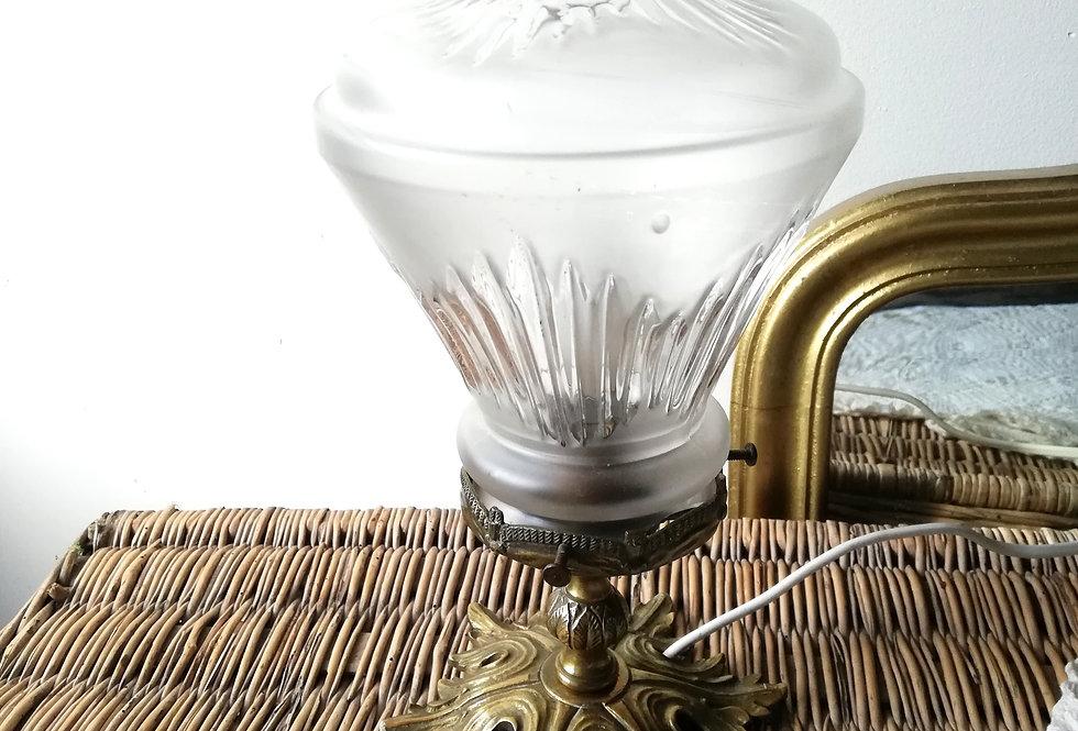 Très belle lampe en bronze