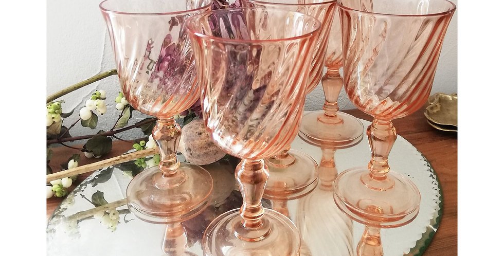 5 grands verres rose