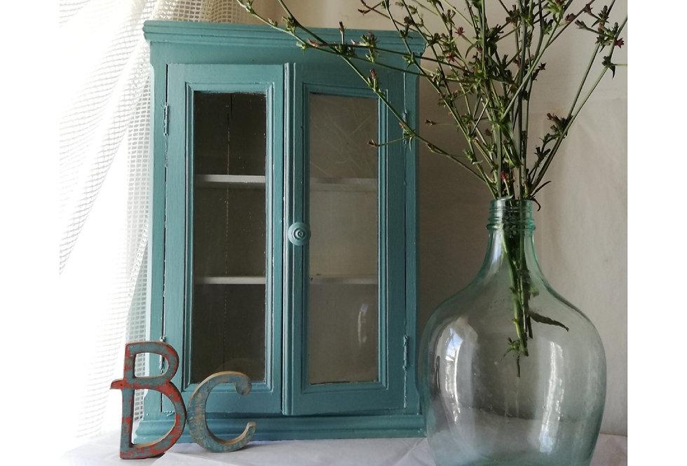 Petite vitrine en bois