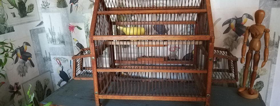 Jolie cage vintage en bois