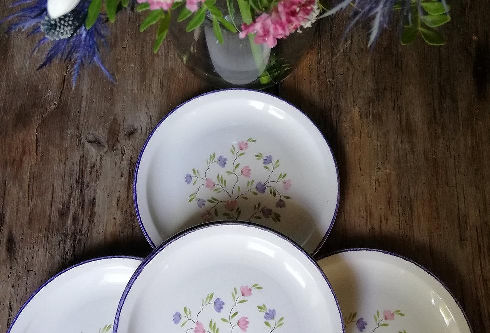 grandes assiettes a fleurs romantiques MOULIN DES LOUPS