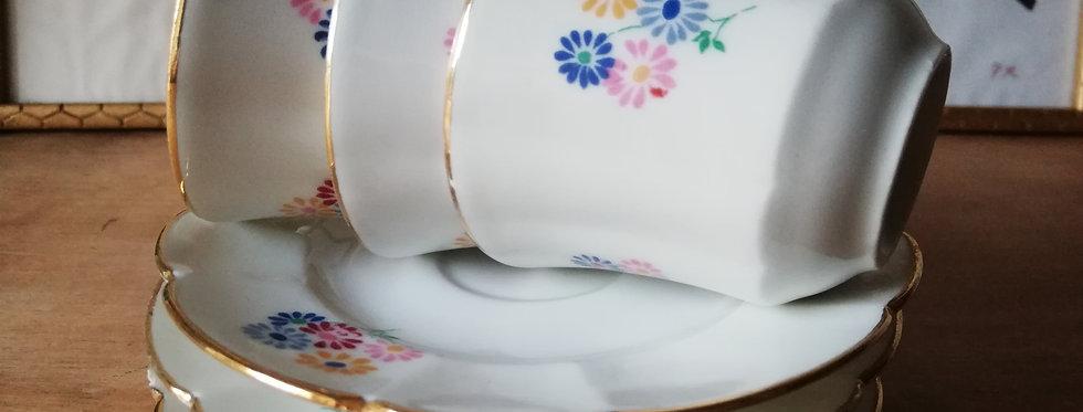 3 tasses porcelaine France