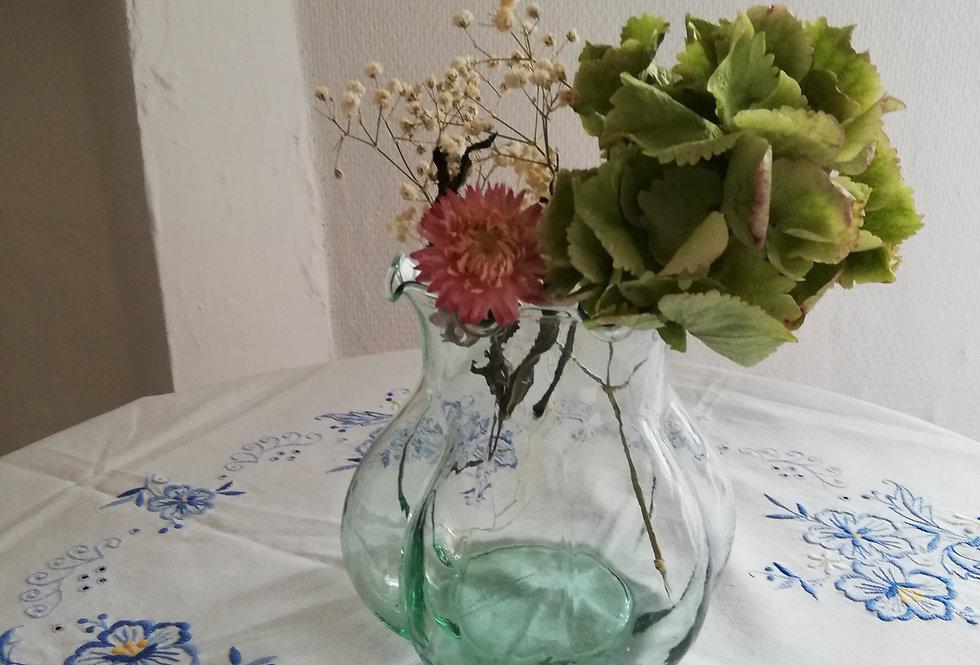 petit vase vintage forme design