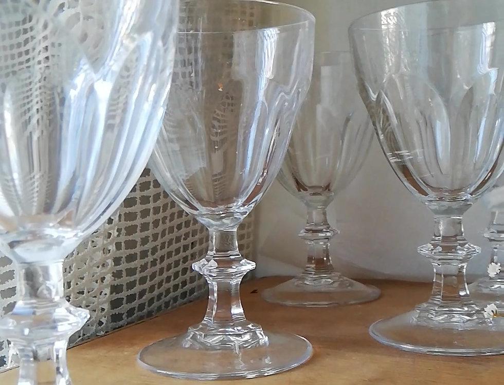 6 Verres à vin Baccarat ancien en cristal soufflé