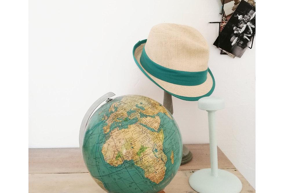 globe terrestre mappemonde vintage Magellan