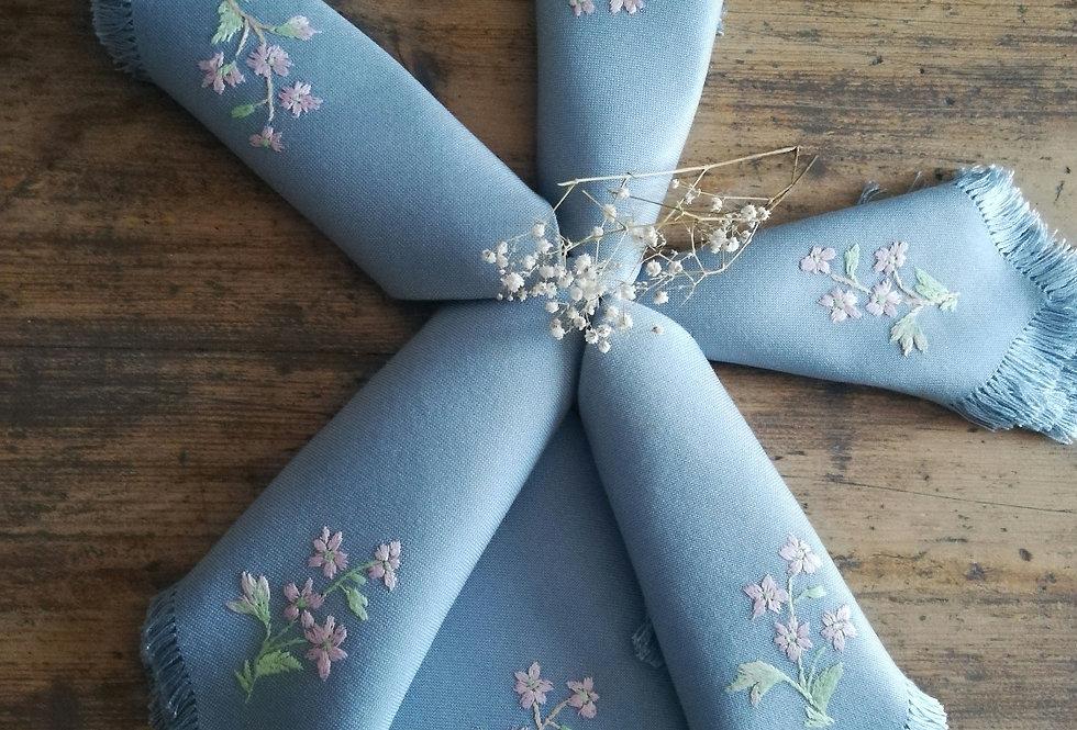 serviettes de table brodées vintage bleues