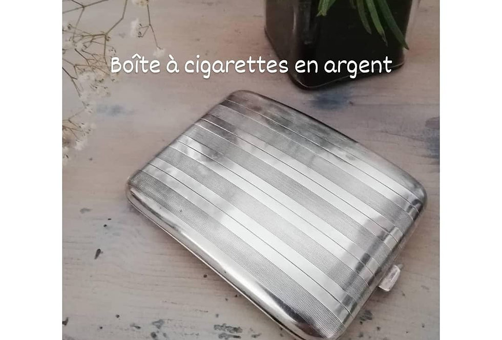 boite à cigarettes en argent 1950