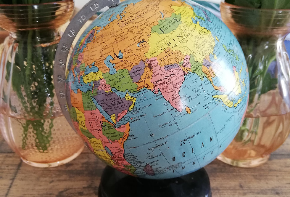 mappemonde globe trrestre carte taride en métal 1950