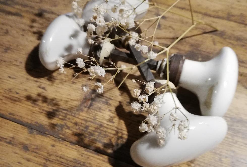 poignées de porte vintage en porcelaine
