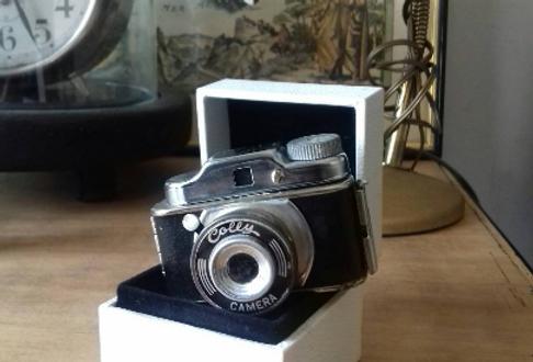 Appareil photo vintage de collection 1955 le plus petit du monde The world's sma