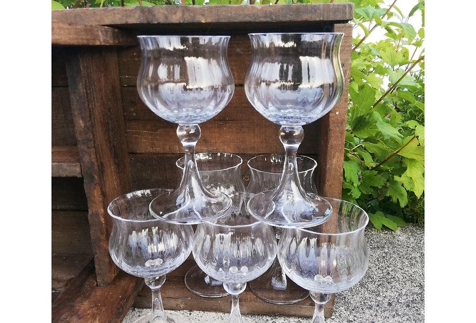 7 verres à vin Daum