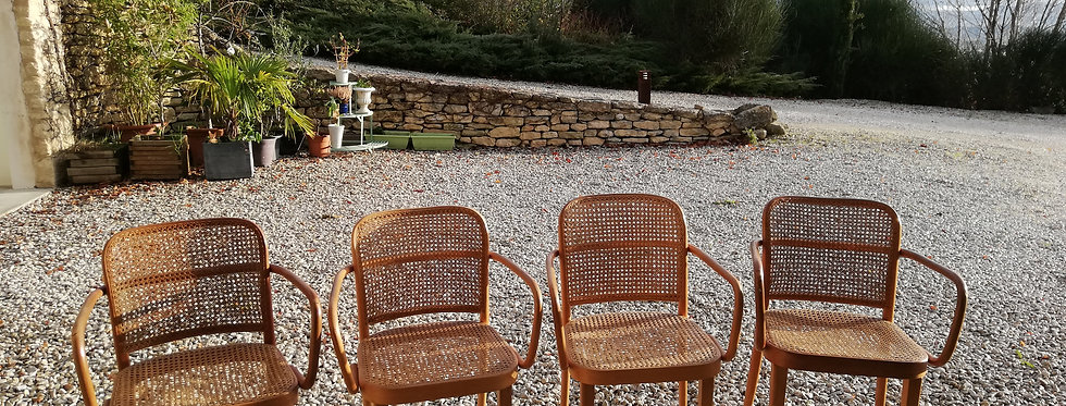 4 chaises Thonet avec accoudoirs *hors frais de livraison