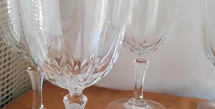 6 très beaux verres à vin en cristal soufflé