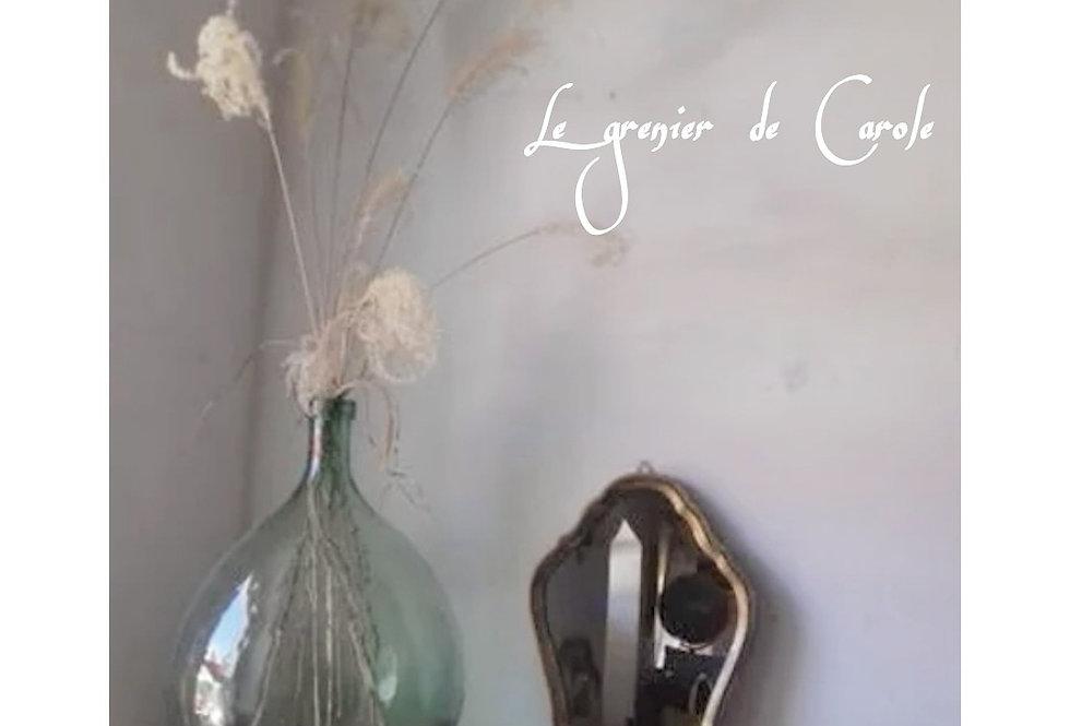 Joli miroir en bois doré