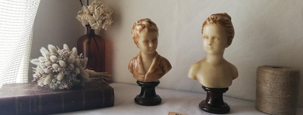 Deux bustes en cire