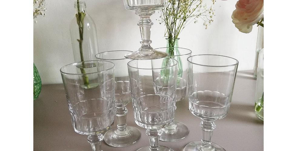 6 verres anciens soufflés