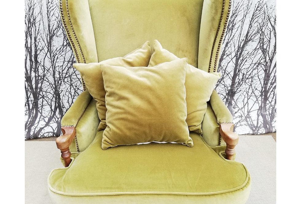 Grand fauteuil en velours vert