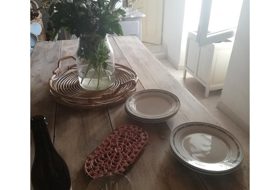 6 assiettes terre de fer