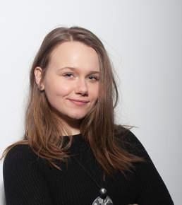 Sarah Michalek, Entertainment
