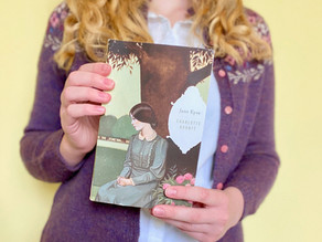 Reader, I finally read Jane Eyre.