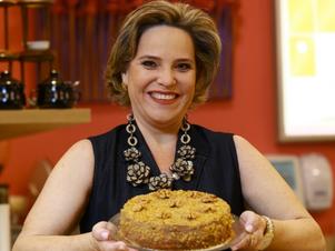 Ela trocou a carreira de concursada para fazer tortas e fatura R$ 3,5 mi
