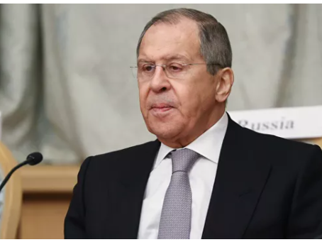 Ο Lavrov  ανέφερε  ότι η ΕΕ κατάστρεψε τις σχέσεις με τη Ρωσία