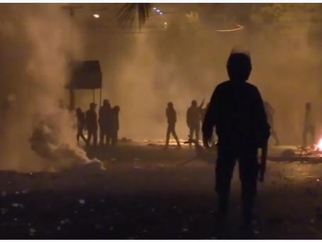 Ο Τυνησιακός στρατός αποκλείει την πρόσβαση στο κυβερνητικό κτίριο εν μέσω ταραχών