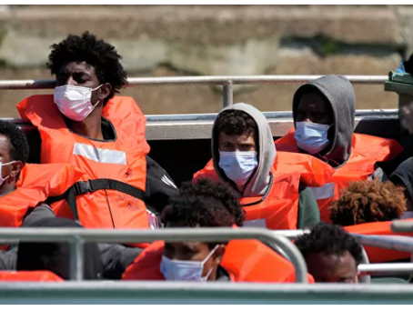 Η Ευρώπη στήνει μυστικά στρατόπεδα στην Αφρική: η Ουκρανία είναι η επόμενη στην σειρά