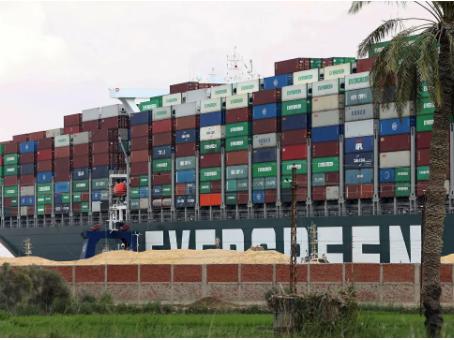 Κυκλοφοριακό κομφούζιο για δισεκατομμύρια: πώς θα εξελιχθεί το μπλοκάρισμα της διώρυγας του Σουέζ