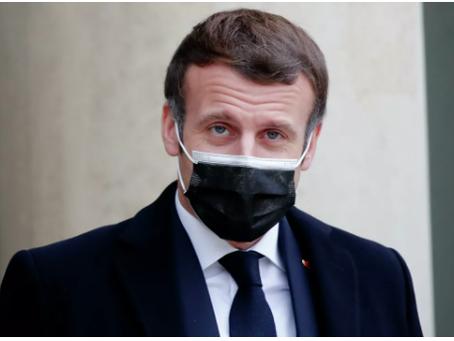Ο Macron ανακοίνωσε έναν «νέο τύπο παγκόσμιου πολέμου» έναντι των εμβολίων