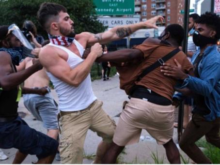 Η φυλετική πάλη δεν μπορεί να καταργήσει την ταξική πάλη