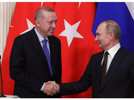 """Ο Ερντογάν χαρακτήρισε """"πολυτέλεια"""" την απάντηση του Πούτιν στα λόγια του Μπάιντεν"""