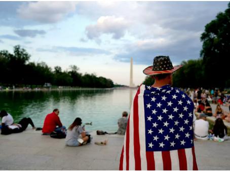 Οι μισοί Αμερικανοί θέλουν να διαλύσουν τις ΗΠΑ