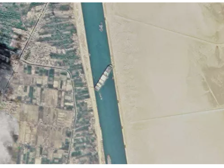 Το ατύχημα στη διώρυγα του Σουέζ προκάλεσε εκτίναξη των τιμών των θαλάσσιων εμπορευματικών μεταφορών