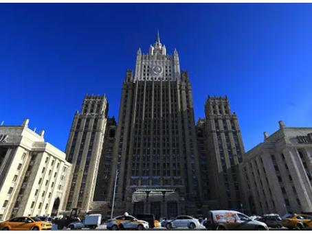 το Ρωσικό ΥΠΕΞ  μετά τα λόγια του ΓΓ του NATO προτεινε το μπλοκ να αντιμετωπίσει τα προβλήματα του