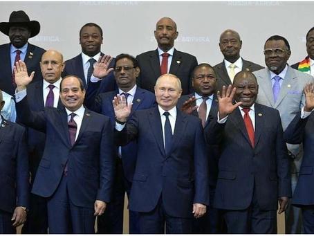 Οι ΗΠΑ χάνουν στην Αφρική από την Κίνα και τη Ρωσία
