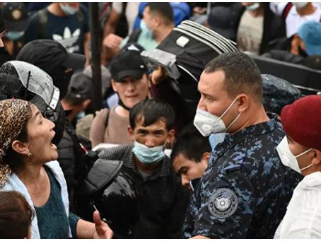 Ποιος και γιατί επέτρεψε στους απελαθέντες Τατζίκους και Ουζμπέκους να επιστρέψουν στη Ρωσία