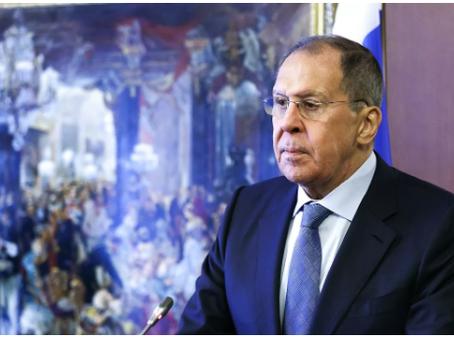 """""""Τιμωρήστε τη Ρωσία"""". Τι είπε ο Λαβρόφ για τις σχέσεις με την ΕΕ"""