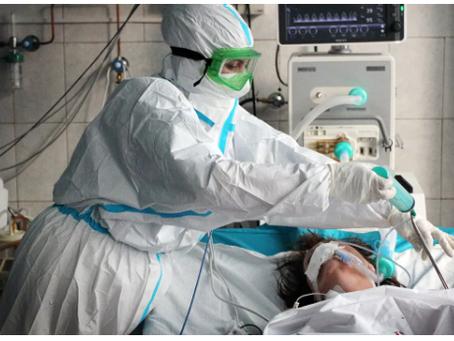 Οι γιατροί μίλησαν για τη νόσο διαφορετικών στελεχών του κορωναϊού