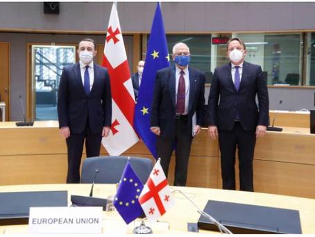 Οι Βρυξέλλες αναζητούν επίσης διέξοδο από τη Γεωργιανή κρίση