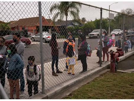 Οι δυνάμεις ασφαλείας έρχονται για τους γονείς των μαθητών