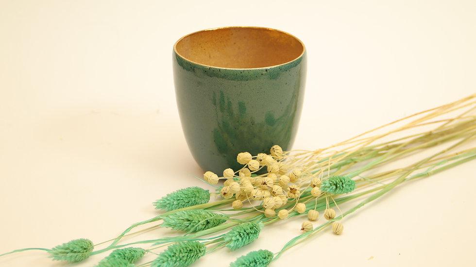 "Cappuccino Becher ""Crystal Gold"" Smaragd"