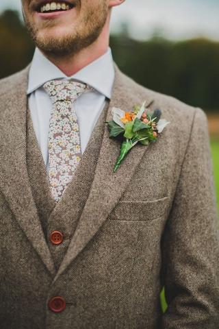 Estampados y patrones para novios a la vanguardia